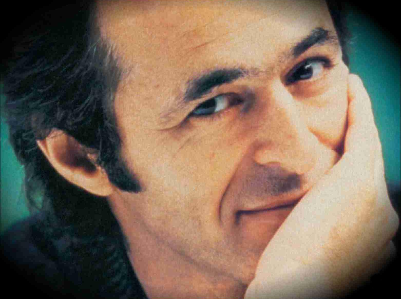 Jean-Jacques Goldman se dit ému du succès de l'album de reprises de ses chansons